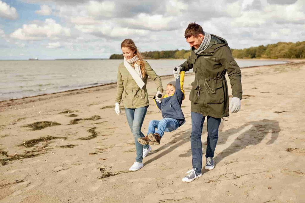 keep your family together and extend your UK spouse visa